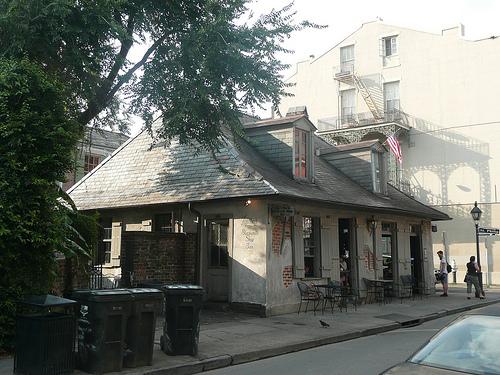 El bar más antiguo de Estados Unidos: Laffitte's Blacksmith Shop - Gumbo Madrid