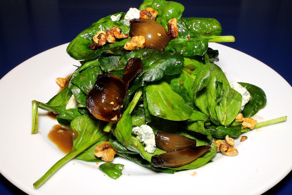 restaurante-gumbo-new-orleans-cajun-ensalada-espinacas-2